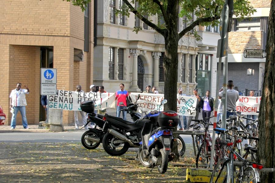 Flüchtlinge Demonstrieren vor dem Nds. Landtag