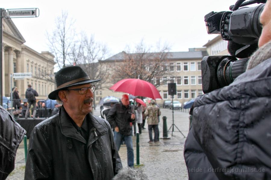 """Interview mit dem Niedersächsischen Vorsitzenden des Zentralrats der Juden Michael Fürst: """"Gar nicht so begeistert"""""""