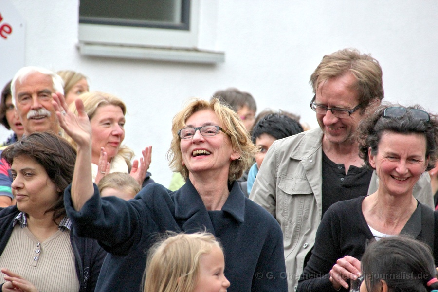Grundschule Am Sandberge Hannover-Bemerode: Einweihung 'Schulhof mit Herz' / STRABAG Sozialaktion Hannover